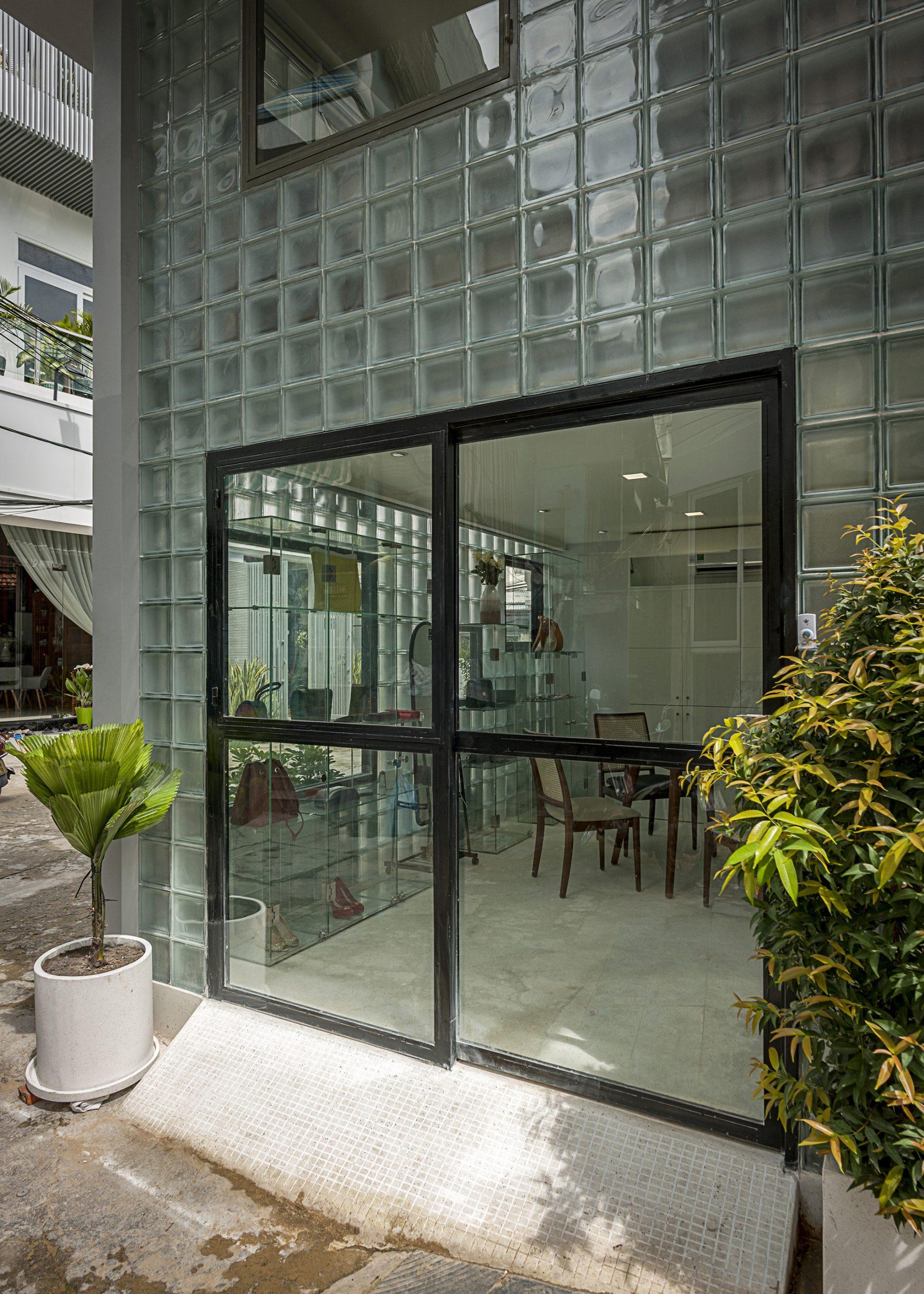 Harga Glass Block Per Dus Terbaru Ciptakan Pencahayaan Alami Di Ruangan Terbaru Biaya Info Harga glass block 2021